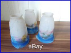 3 Tulipes en pâte de verre marmoréen bleu signées Muller Frères Lunéville