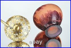 Emile Gallé Veilleuse Campanules Pâte de Verre Gravé Lampe vase Art Nouveau