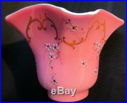 RARE Tulipe carrée pour lampe à pétrole Art Nouveau, opaline rose émaillée